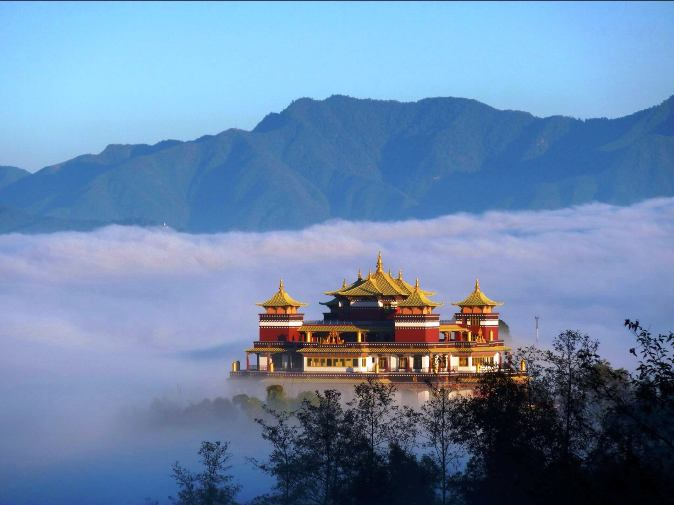 visit-nepal-temples-beautiful-places