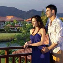 Honeymoon-tour-packages-kerala