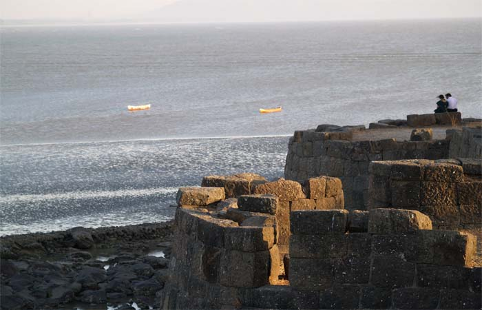 Places-To-Visit-Near-Mumbai-Murud-Janjira